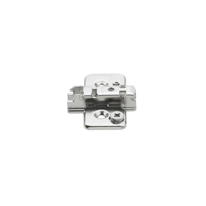 173H7130 CLIP 3 mm-es exenteres keresztalakú szerelőtalp